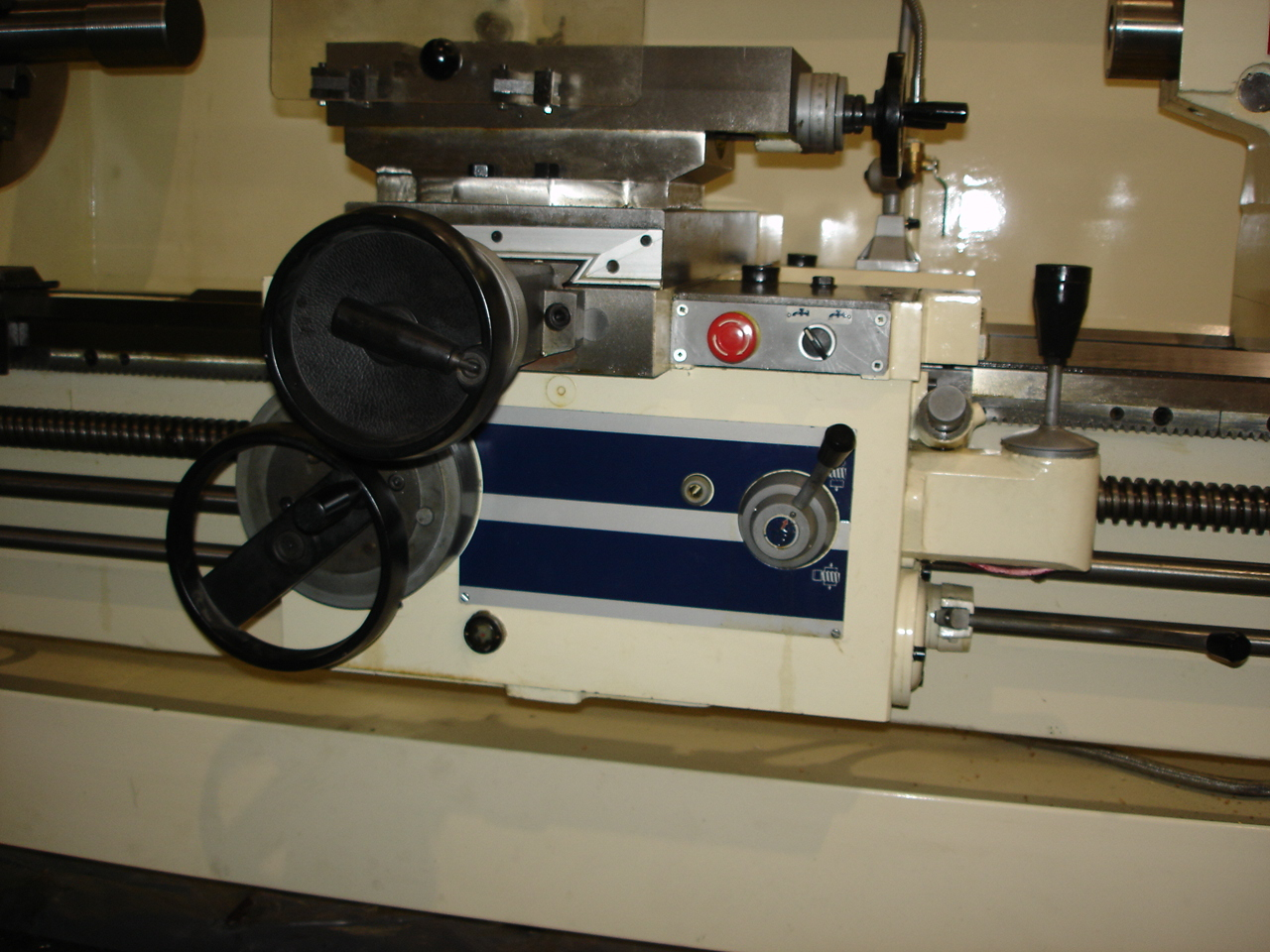 "Manual Lathe D-25"" Carriage"